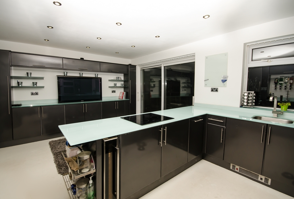 HJW - Joinery - Building Contractors - Manchester | Kitchen Fitting | Building Work and Interior Design